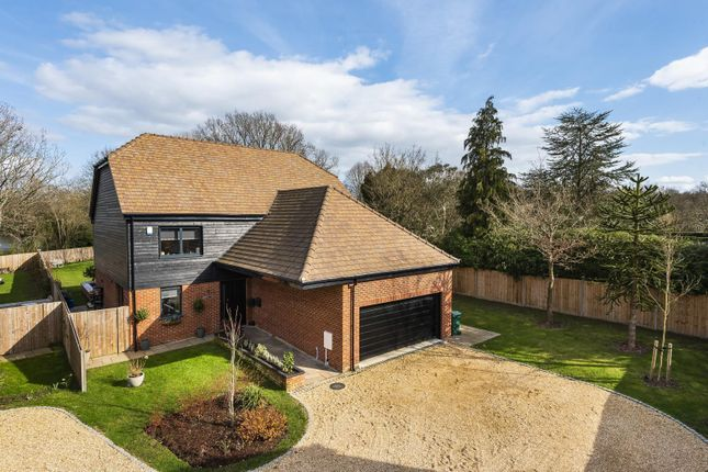 Thumbnail Detached house for sale in Hawthorn Close, Ifold