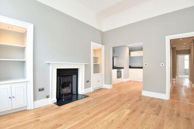 Thumbnail Flat to rent in Henrietta Street, Bath