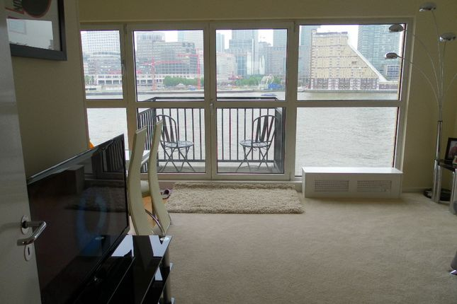 Thumbnail Flat to rent in Mermaid Court, Rotherhithe Street, Docklands