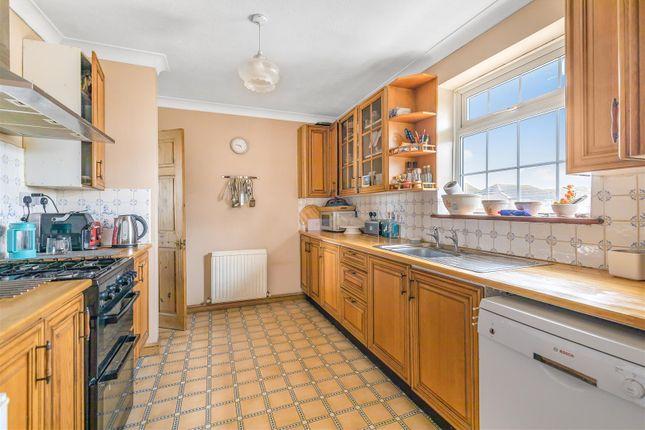 Kitchen of Brighton Road, Lancing BN15