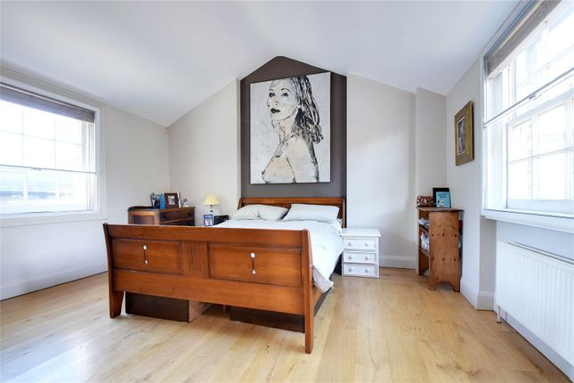 Thumbnail Semi-detached house for sale in Pond Square, Highgate Village, London