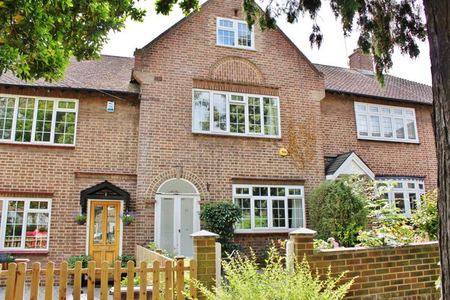 Thumbnail Terraced house to rent in Milkwell Gardens, Woodford Green