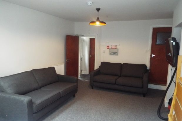 Thumbnail Semi-detached house to rent in Charnwood Grove, West Bridgford, Nottingham