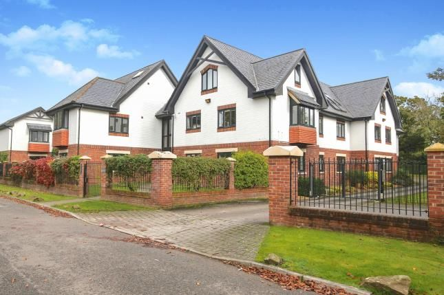 Thumbnail Flat for sale in Hunters Lodge, Hunters Close, Wilmslow, Cheshire