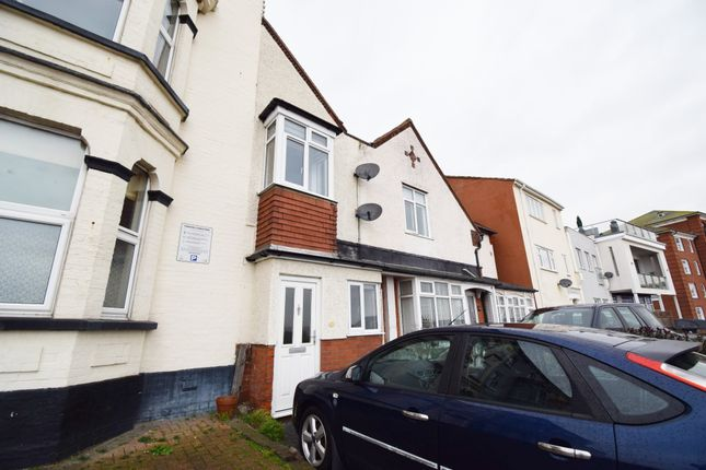 2 bed terraced house to rent in The Parade, Walton On The Naze CO14