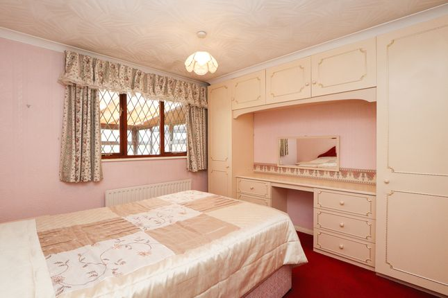 Bedroom 1 of Horseshoe Close, Wales, Sheffield S26