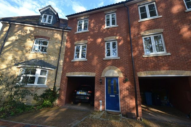 Thumbnail Terraced house to rent in Fulham Way, Ipswich