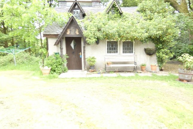 Thumbnail 2 bed cottage to rent in Houston Road, Langbank, Renfrewshire