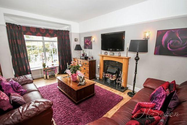 Lounge of Shiphay Lane, Torquay TQ2