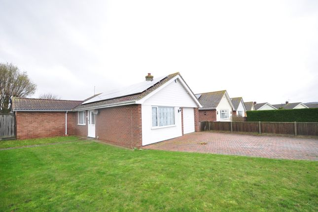 Thumbnail Bungalow to rent in Woodland Way, Dymchurch, Romney Marsh