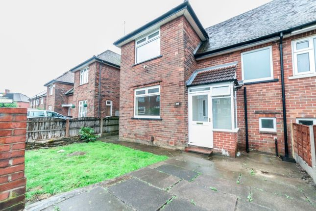 Thumbnail Semi-detached house to rent in Lowe Green, Royton
