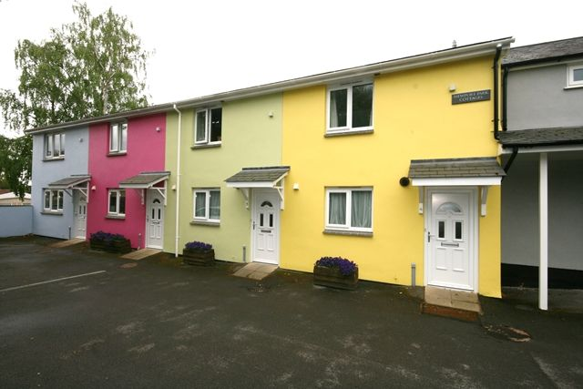 2 bed end terrace house to rent in Topsham Road, Newport Park, Exeter EX2
