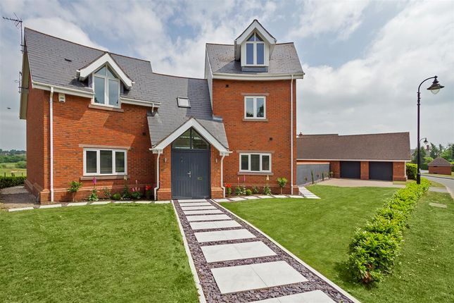 Thumbnail Detached house for sale in Freshwater Drive, Wychwood Park, Weston