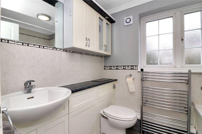 Bathroom of Stanbury Avenue, Watford WD17