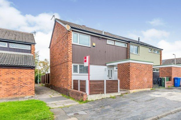 3 bed semi-detached house to rent in Wessenden Bank, Stockport SK2