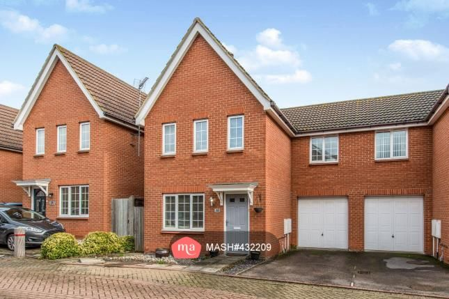 3 bed semi-detached house to rent in Poppy Crescent, Minster On Sea, Sheerness ME12