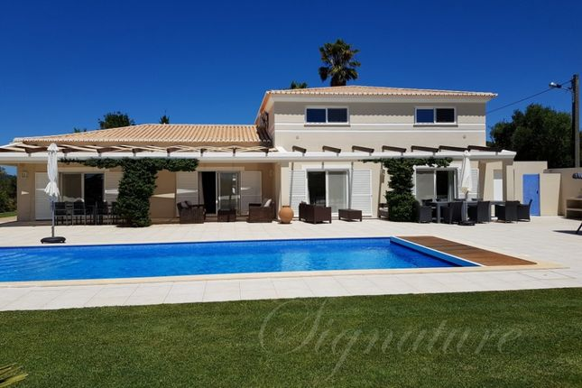 Thumbnail Villa for sale in Bensafrim, Lagos, Algarve, Portugal