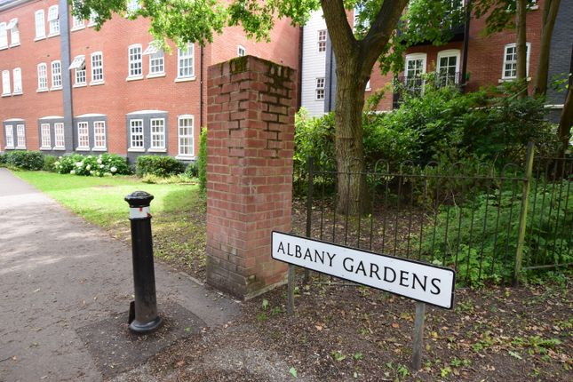 Thumbnail Flat to rent in Albany Gardens, Colchester, Essex