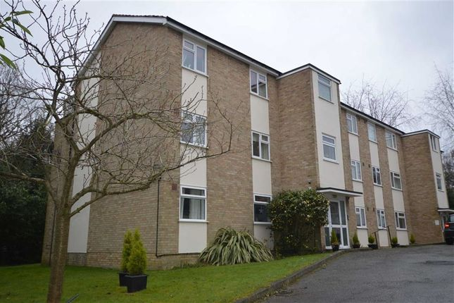 Thumbnail Flat to rent in Wells Close, Clarence Road, Tunbridge Wells