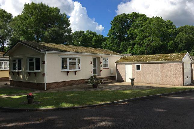 Thumbnail Mobile/park home for sale in Dewlands Park, Verwood