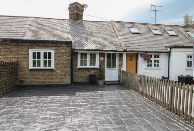 Thumbnail Bungalow for sale in Ongar Road, Kelvedon Hatch, Brentwood