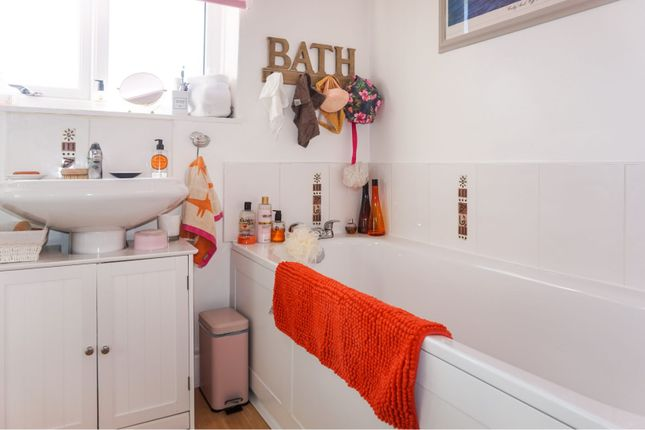 Family Bathroom of Rodney Avenue, St. Annes, Lytham St. Annes FY8