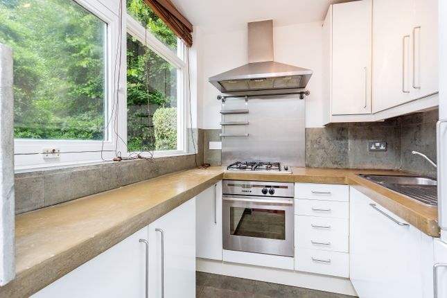 1 bed flat for sale in Netherhall Gardens, London