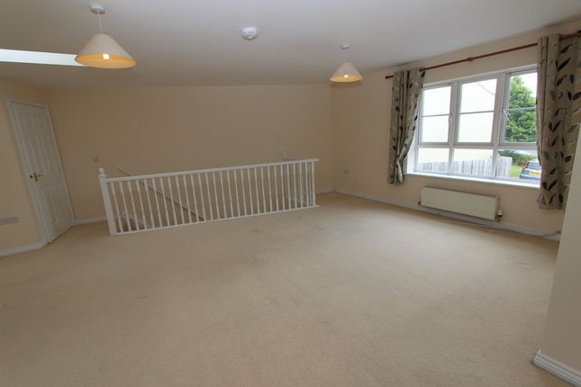 Thumbnail Flat to rent in Barlow Gardens, Plymouth