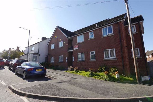 Thumbnail Flat to rent in 4 Mold Road, Deeside, Flintshire