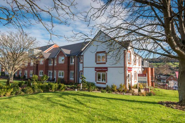 2 bed flat for sale in South Lawn, Sidford, Sidmouth, Devon EX10