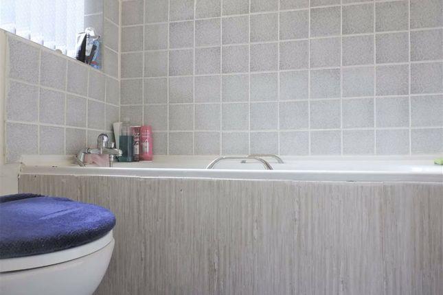 Bathroom of Hemmons Road, Longsight, Manchester M12