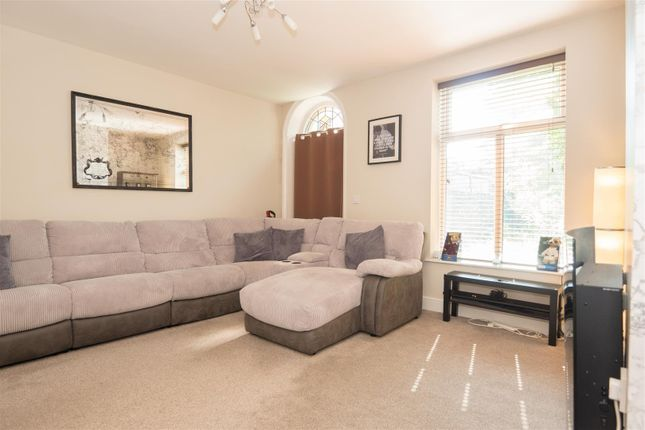 Lounge of Rhodes Terrace, Bradford BD2