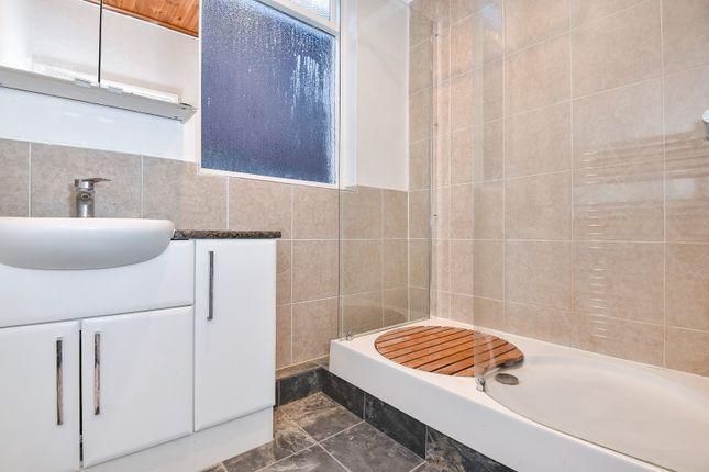 Bathroom of Holmbush Road, Putney SW15
