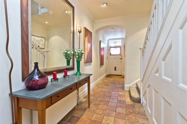 Hallway of Courthope Road, Wimbledon, London SW19