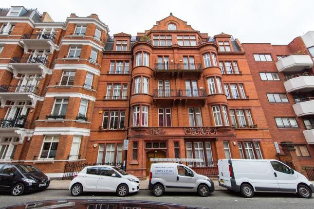 4 bed flat for sale in Prince Edward Mansions, Hereford Road