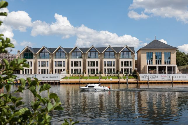 Thumbnail Town house for sale in Taplow Riverside, Taplow