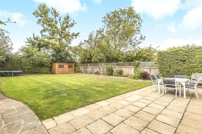 Garden View of Queens Avenue, London N20