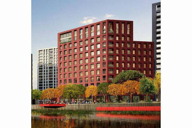 Thumbnail Flat for sale in London City Island, Tower Hamlets