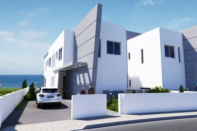 Thumbnail Villa for sale in Kissonerga, Cyprus