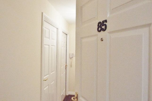Thumbnail Flat to rent in Meikle Inch Lane, Bathgate, West Lothian