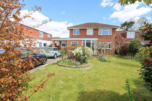 Thumbnail Detached house for sale in Poplar Grove, Hayling Island