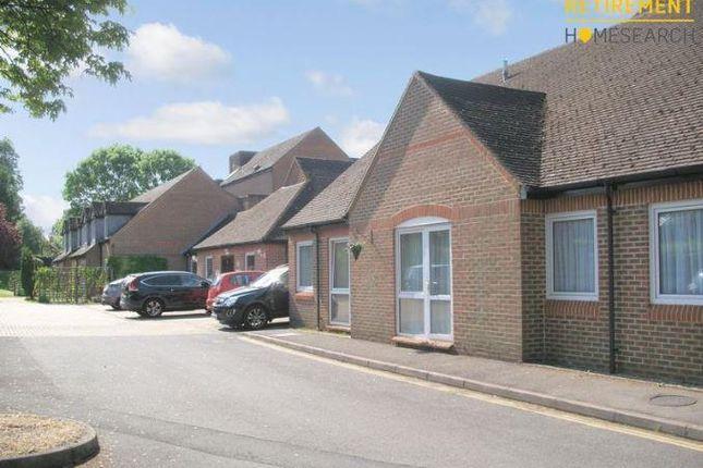 Thumbnail Flat to rent in High Street, Sandhurst