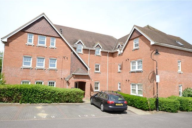 Thumbnail Flat for sale in Campbell Fields, Aldershot, Hampshire