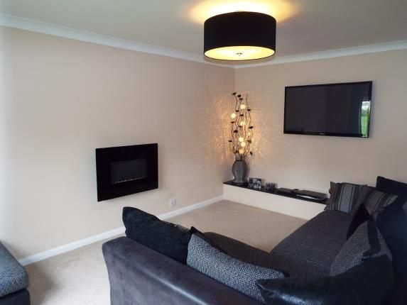 Living Room of Rookery Drive, Luton, Bedfordshire LU2