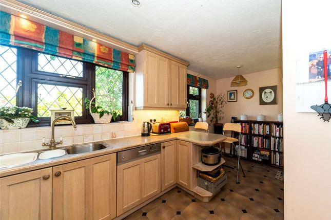 Kitchen Alt 2 of Catesby Gardens, Yateley, Hampshire GU46