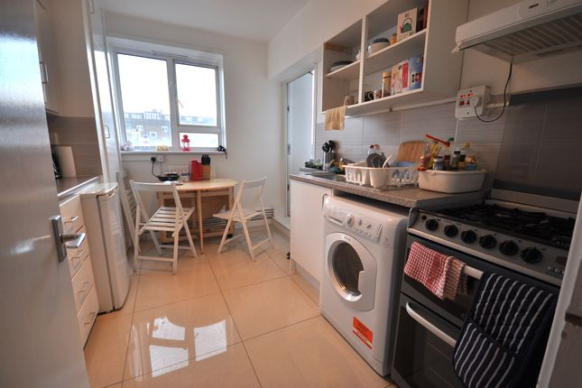 Thumbnail Shared accommodation to rent in Osnaburgh Street, London