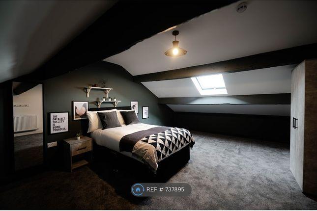 Thumbnail Room to rent in Stamford Street Central, Ashton-Under-Lyne, Manchester