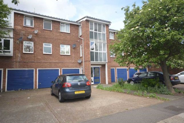 Thumbnail Flat to rent in Whernside Close, London