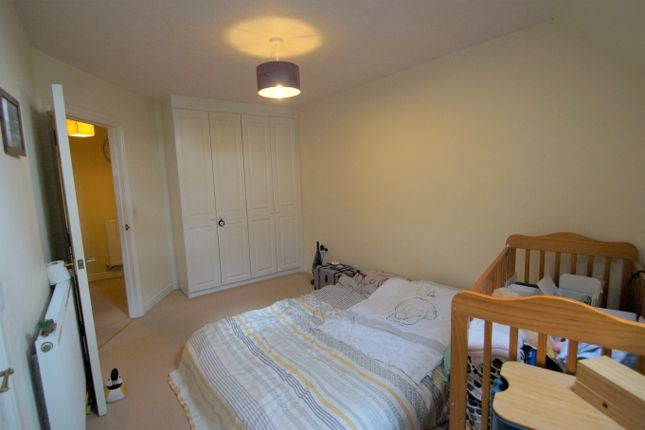 Image: 7 of Pear Tree Court, Rugeley, Staffordshire WS15
