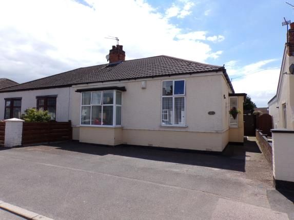 Thumbnail 2 bed bungalow for sale in Tentercroft Avenue, Syston, Leicester, Leicestershire